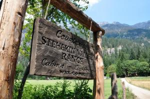 Stehekin Valley Ranch Sign